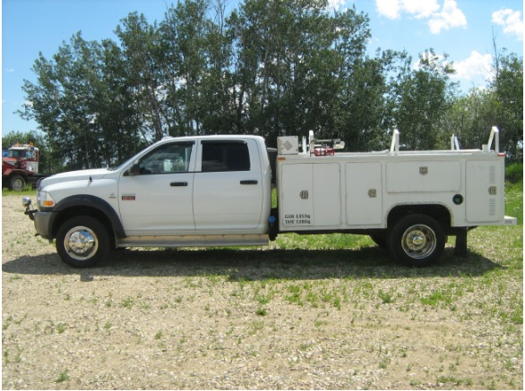 2011 Dodge Ram 5500 4x4 Loaded Crewcab 12 Ft Western