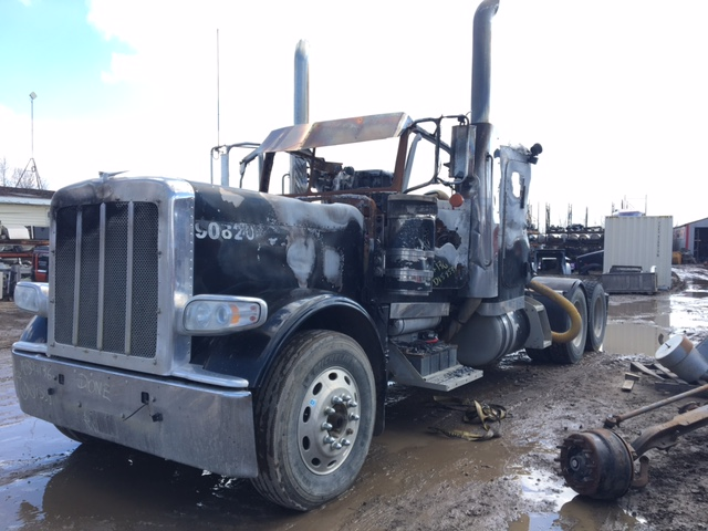 Currently Wrecking - Peterbilt