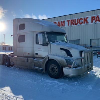 Volvo Trucks Canada >> Currently Wrecking Volvo Red Ram Sales Ltd Edmonton Alberta
